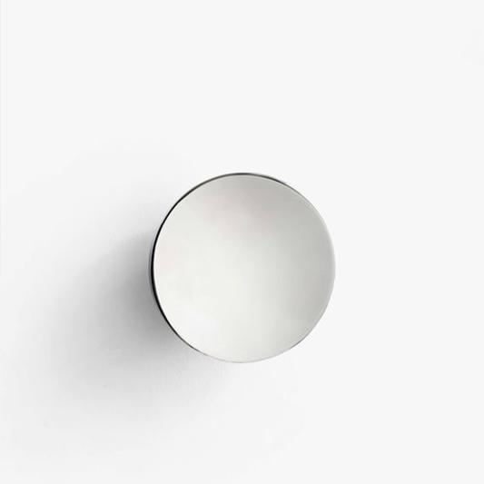Patere miroir aura s aura combine la fonction de patere et for Miroir de dentiste