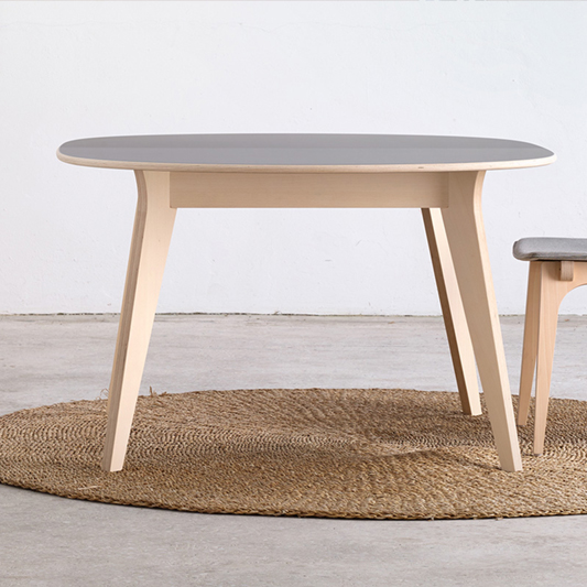 Table Mikado
